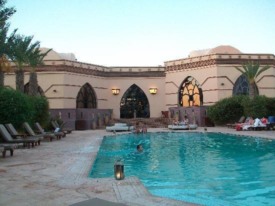 Rose Garden Resort & Spa: piscine