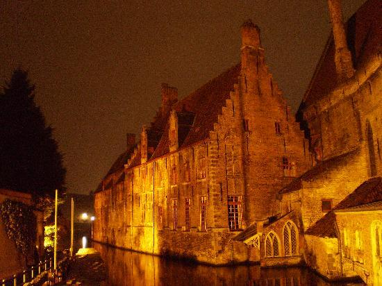 Hostellerie Pannenhuis : Brugge 1