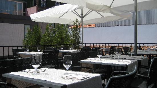 Pedro Lemos Restaurante: Terrace