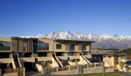 Garden Court Suites & Apartments: Garden Court & Remarkables