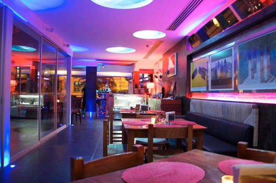 Hotel Rio Malecon Puerto Vallarta: COEXISTbistro restaurant bar