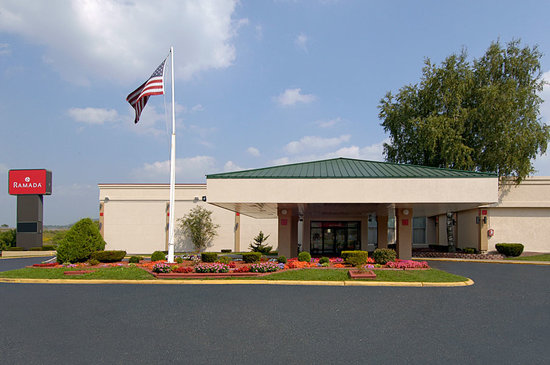 Ramada Cortland Hotel and Conference Center: RAMADA