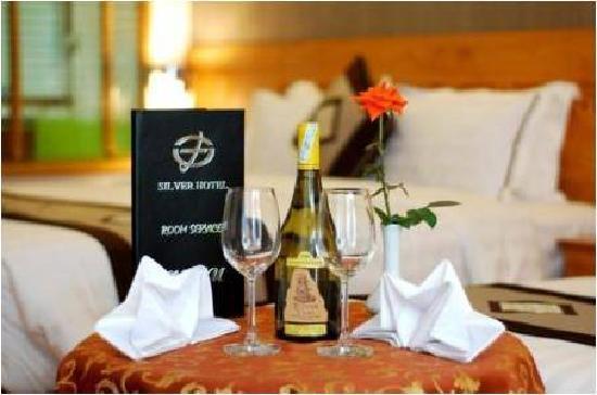 Silver Boutique Hotel : Room Service