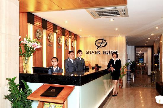 Silver Boutique Hotel : Frond Desk