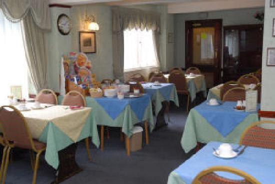 Bridgemary Manor Hotel : Breakfast Room