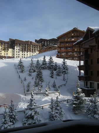 Apartamentos Pierre & Vacances Premium Alpages Reberty: Balcony view