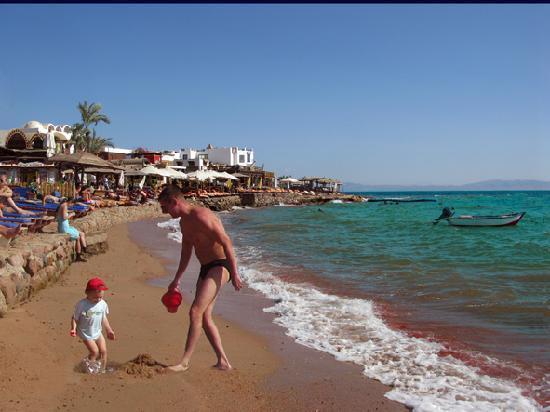 Dahab Dorms: Beach
