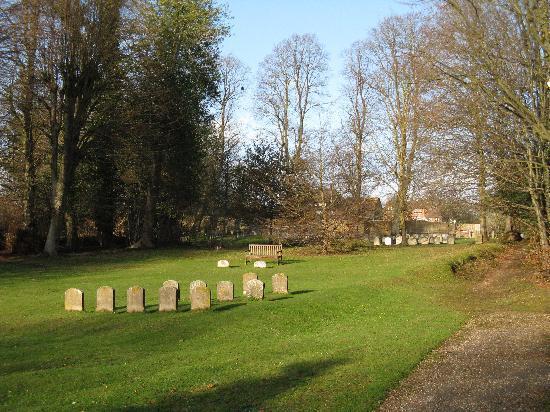 Jordans Quaker Meeting House: Burial Ground
