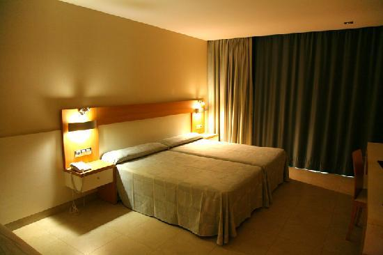 Hotel Deloix Aqua Center: Room 1001