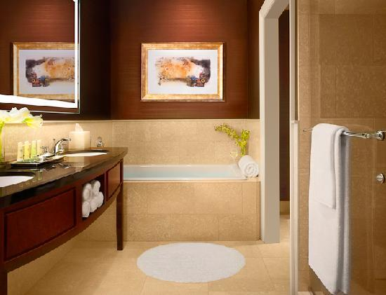 Large five-fixture bathrooms - Picture of JW Marriott Chicago ...
