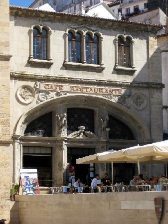 Κοΐμπρα, Πορτογαλία: Café und Restaurant