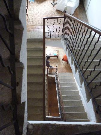 PALAZZU PIGNA : l'escalier  ou vous connecter à internet