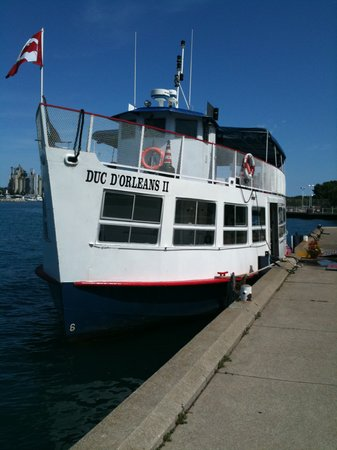 Duc d'Orleans II Cruise Boat - Day Tours