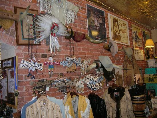 Ruxton's Trading Post : Western apparel and decorative items.