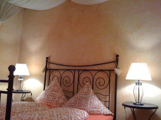 Feeling Home: the oriente bedroom