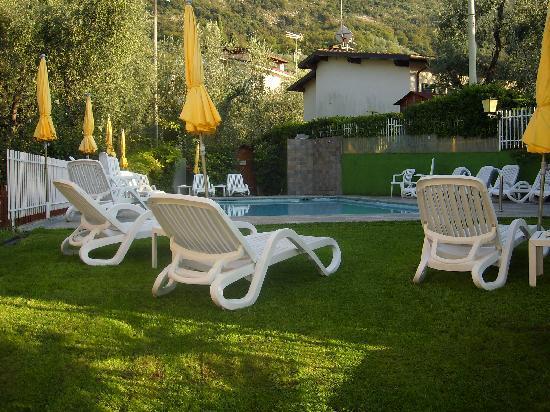 Hotel Garni Ischia: Der Pool
