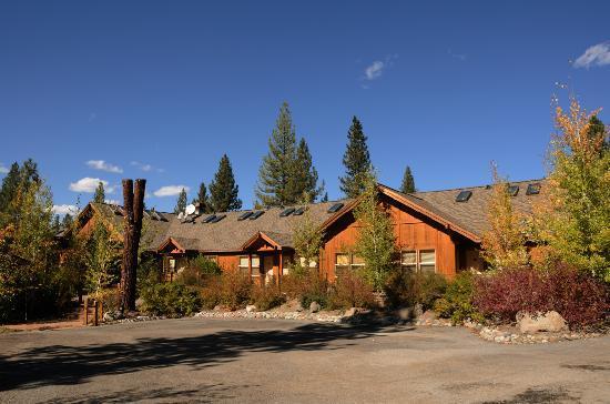 Chalet View Lodge: Lodge