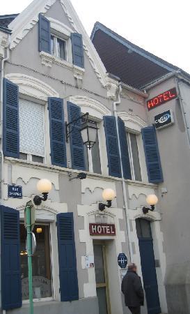 Sens, France: Accès direct à l'hôtel
