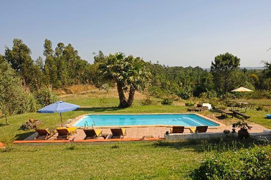 Monte da Choca: view over the pool