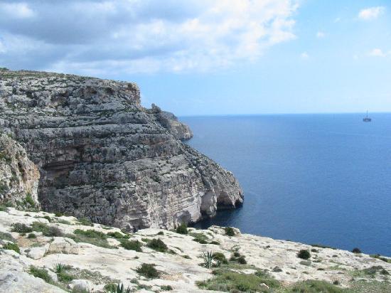 Blue Grotto (Il-Hnejja) : Falaises surplombant les grottes bleues