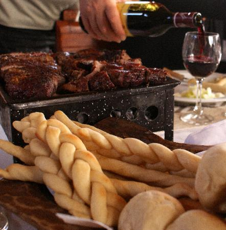 "San Carlos de Bariloche, Argentina: Our ""asado"". Full service, everything is homemade"