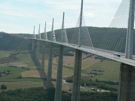 Viaduc de Millau : Millau viaduct--France