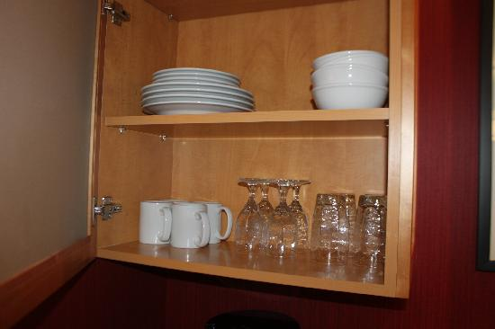 Residence Inn Burlington Colchester: fully stocked!