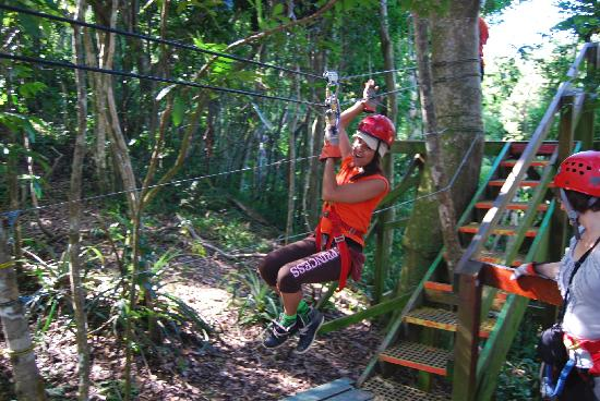 San Juan Gate: Zip line in Rain Forest