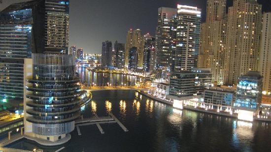 Address Dubai Marina : At Night