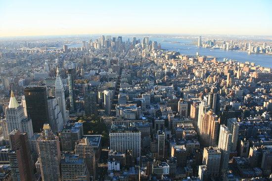 Empire State Building: Manhattan from ESB
