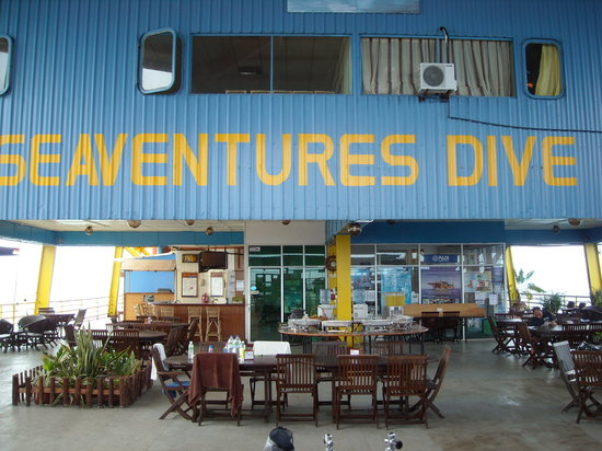 Seaventures Dive Rig: Main deck from tank racks