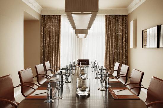Hotel Rector boardroom