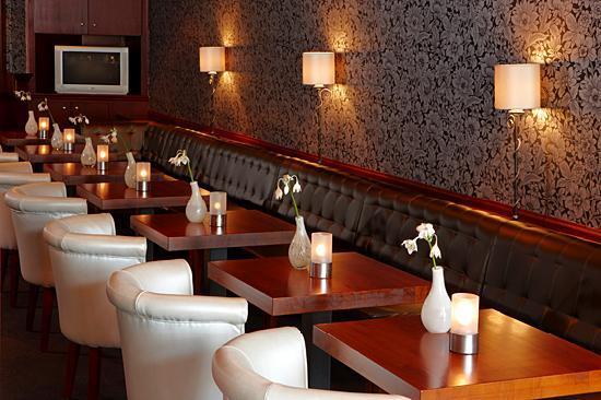 Van der Valk Hotel Volendam: Hotelbar