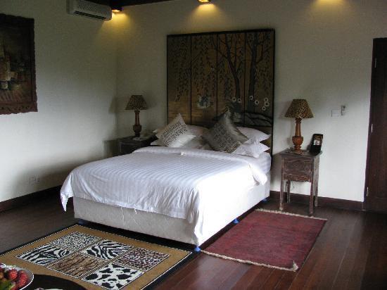 Villa Sarna Ubud: ベッド