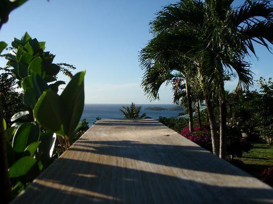 La Koumbala: piscine ou mer , il faut  choisir
