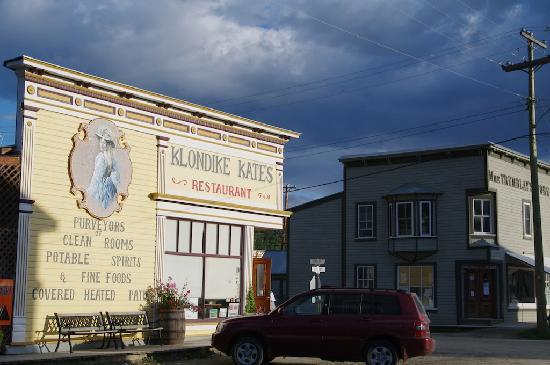Klondike Kate's Cabins : L'extérieur du restaurant