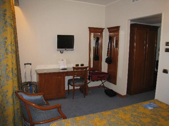 Hotel Plaza: standard room