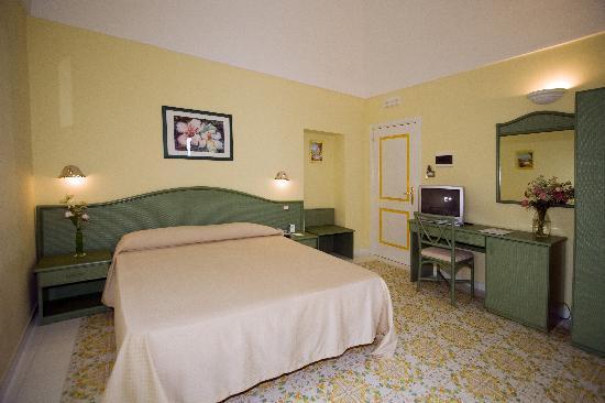 斯皮納里酒店