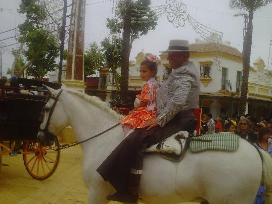 Jerez De La Frontera, Spagna: Opa mit Enkelin
