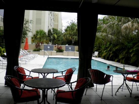 hilton garden inn west palm beach airport patiopool - Hilton Garden Inn West Palm Beach