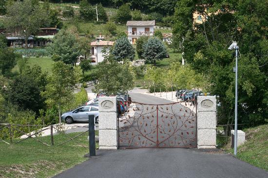 Lefay Resort & Spa Lago di Garda : Zufahrt nur für Gäste