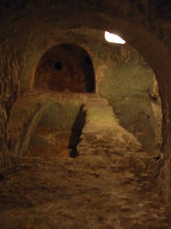 St. Agatha's Crypt, Catacombs & Museum: Tombe
