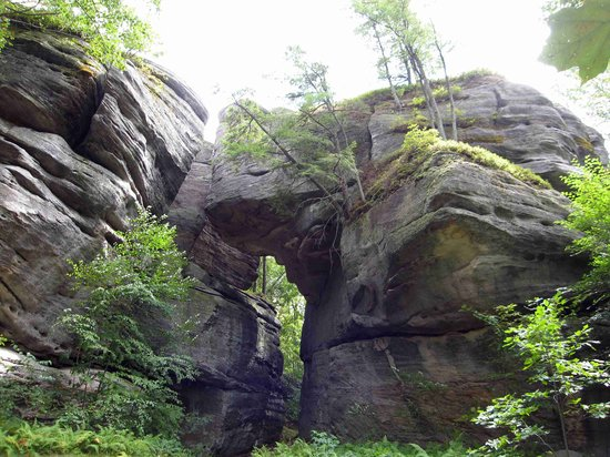 Olean, Nowy Jork: Rock formations along the trail