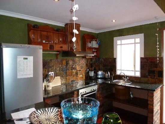 Sweet Ocean View Guesthouse: voll ausgestattete Küche