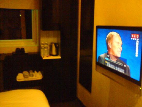 Hotel 73: Standard Room