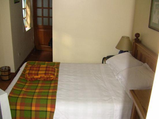 Vieja Cuba: our room