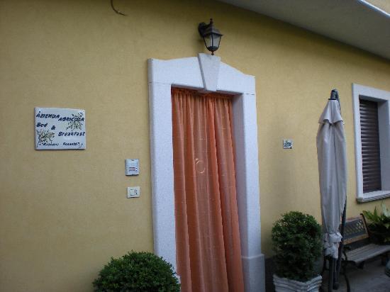 Masseria Rossetti B&B: front entrance