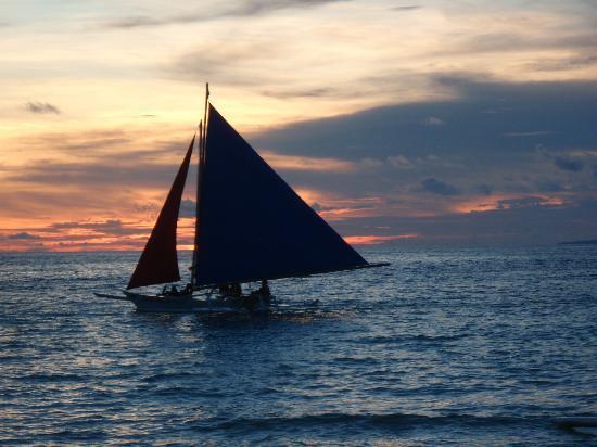 Boracay Sands Hotel: Sail boat