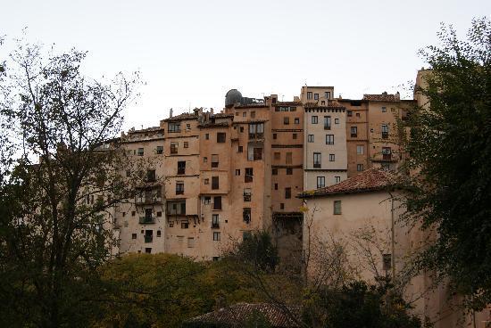 """เควงคา, สเปน: """"Rascacielos"""" en Cuenca"""
