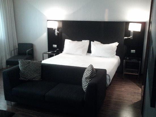 AC Hotel Milano: So confortable bed...